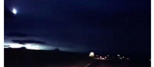 Palla di fuoco in Scozia: Ufo o meteorite?