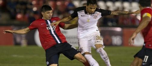 Corinthians perde para o Cerro na Libertadores