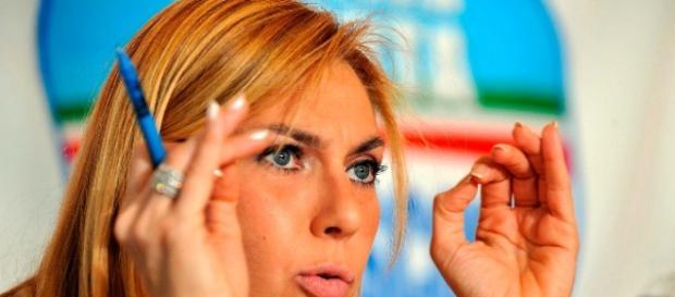 Biancofiore lancia accuse agli immigrati
