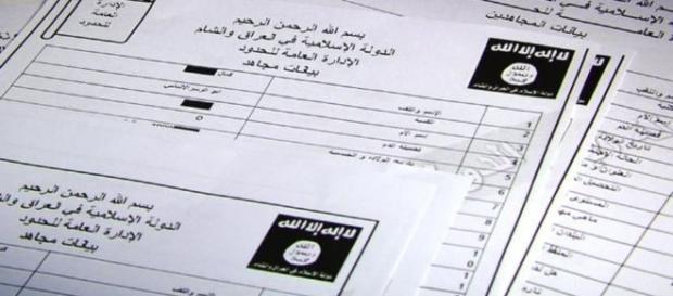 Questionário dado aos futuros recrutas do Daesh.