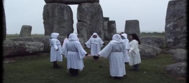 Ritualurile magice nu sunt spectacole publice