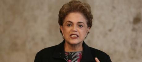 Dilma na coletiva emergencial de 11/03