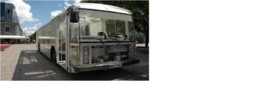 L'immagine del 'Dancer Bus' fornite da lifegate.it