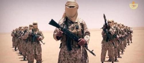 Miembro yihadistas de las ISIS del Estado Islamico