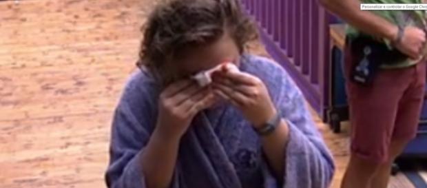 Maria Claudia sofre acidente no Big Brother