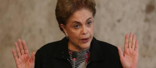 Renúncia por engano fez muita gente rir de Dilma