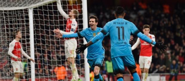 Leo Messi y Neymar Jr celebrando un gol