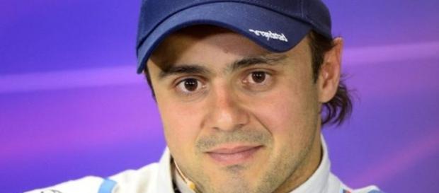 O piloto brasileiro espera bom desempenho em 2016