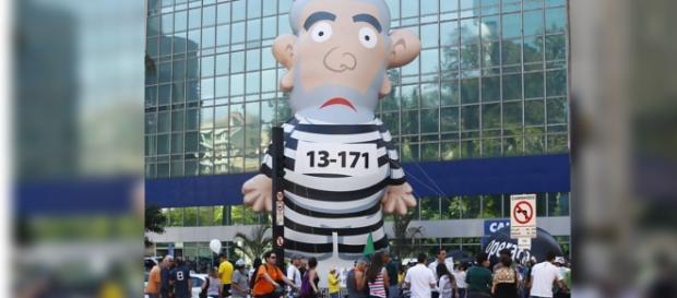 Pixuleko está bem protegido nas manifestações