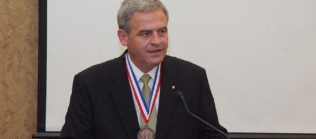 Tokes primește la schimb o medalie din Ungaria