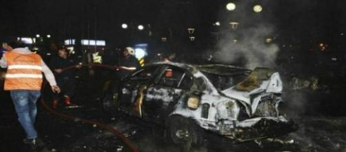 Soccorsi sulla scena dell'attentato