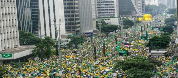 Brasileiros demonstraram insatisfação com Dilma