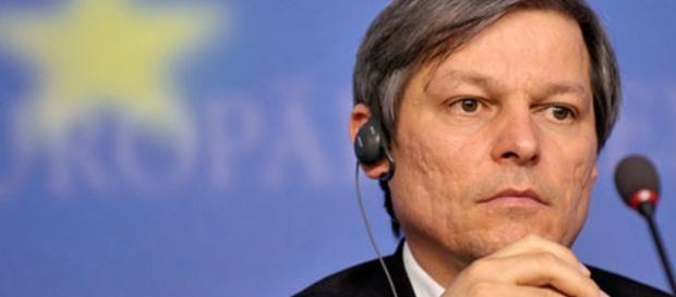 Dacian Cioloș răspunde acuzațiilor