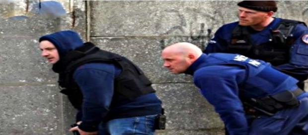 Il blitz scattato a Bruxelles dopo la sparatoria