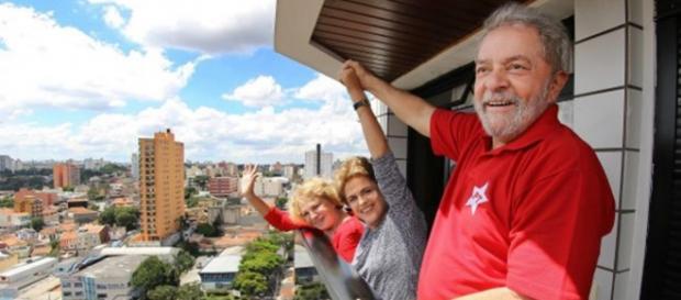 Lula vira ministro da Casa Cívil