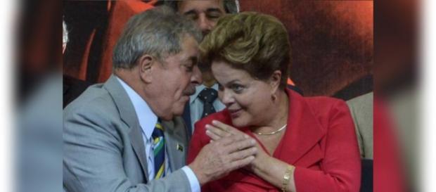 Moro mostra grampo telefônico de Dilma e Lula