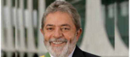 Lula está de volta ao governo em momento tenso