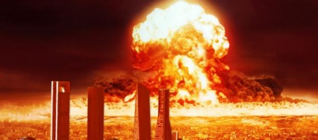 Explosión nuclear futurible en una capital mundial