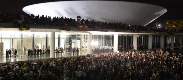 Manifestação é convocada em todo o Brasil