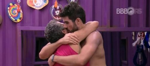 Juliana e Geralda (Reprodução/Globo)