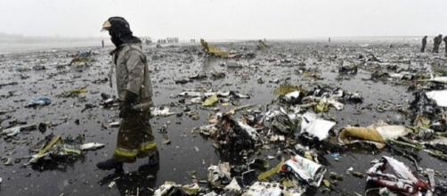 Se estrella avión en Rusia causando 62 muertos.