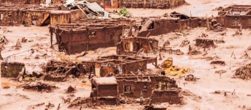 Desastre ambiental aconteceu em novembro de 2015