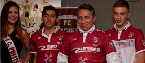 Manuel Negrete, padrino del FC Politécnico.