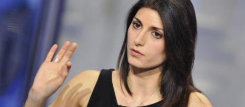 Virginia Raggi attacca con fermezza Renzi
