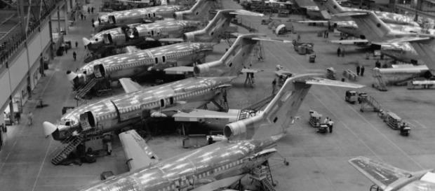Boeing 727 in costruzione nel centro in USA
