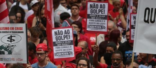 Cresce acusação de Golpe Foto: Jornalistas Livres