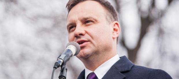 Andrzej Duda nie został otruty. Ma zdrową cerę