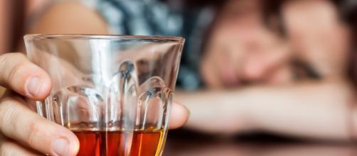 O alcoolismo é uma doença reconhecida pela Organização Mundial da Saúde