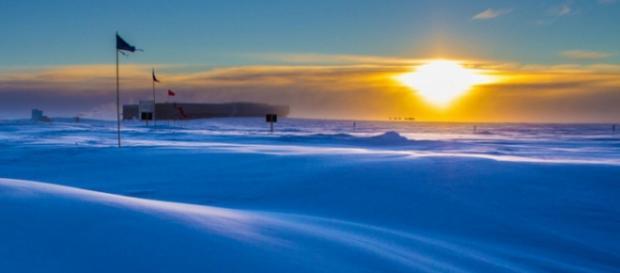 Ultimul apus la statia de cercetare din Antarctica
