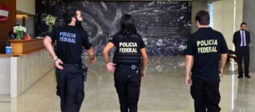 Policiais Federais em hotel no Destríto Federal.