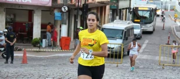 Flávia corre há 2 anos (Portal Antenados)