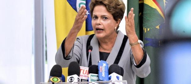 Jornalistas da Globo fazem agitações anti-governo.