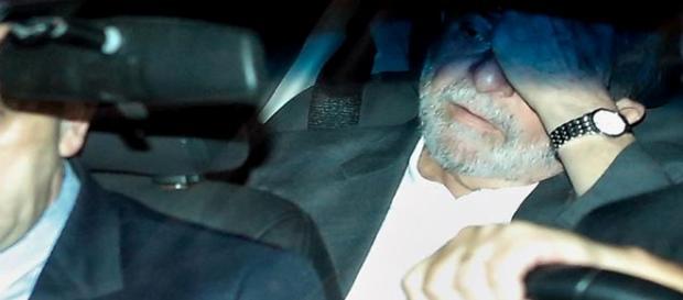 Lula cogita desistir de ser ministro da Casa Civil
