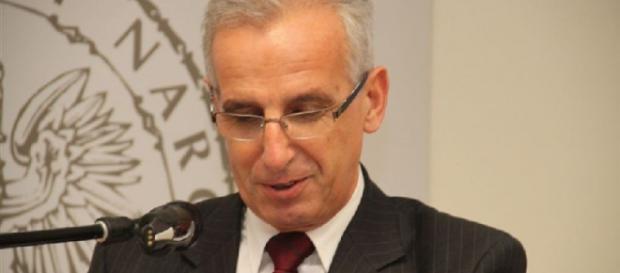 Obecny rektor US, faworyt w wyborach