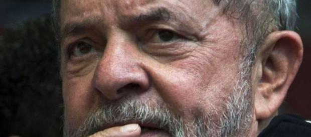 Risco de ser preso volta a preocupar Lula