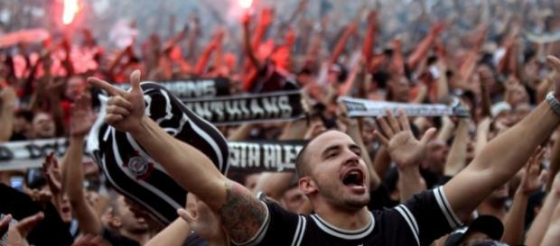 Torcida corintiana tem maior média de público no Paulistão