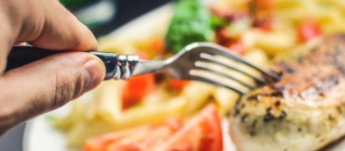 Sprechi alimentari in Italia da 8,4 miliardi all'anno.
