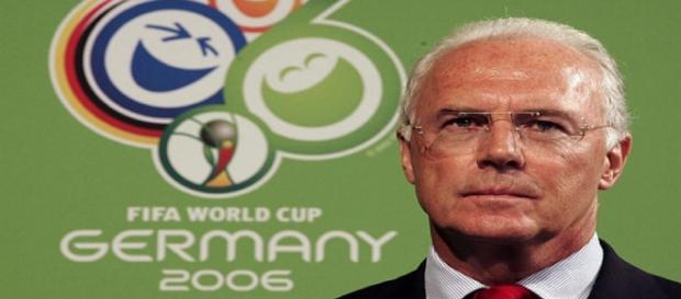 Franz Beckenbauer en la organización del mundial de Alemania 2006.