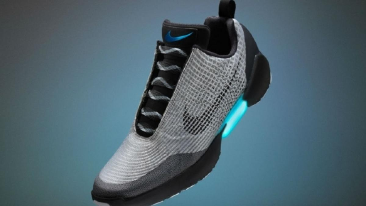 1d8f78e7dcaa0 Nike introduces self-lacing running shoes for those who can t be bothered