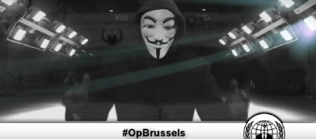Anonymous amenaza al Estado Islámico.