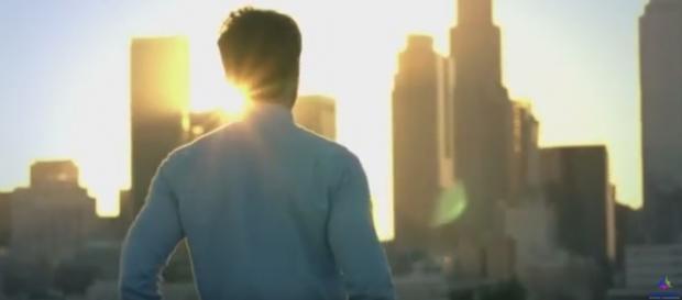 Fotograma del anuncio ¿Quién soy yo? de Scientology