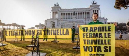 "Greenpeace chiede di votare ""sì"""