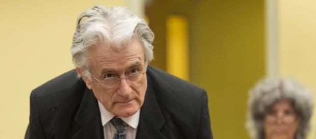 Karadzic enfrenta uma pena de 40 anos por crimes contra a Humanidade.