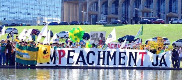 Manifestação popular a favor do impeachment