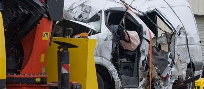 Jovem condutor da carrinha acidentada em França está num hospital psiquiátrico