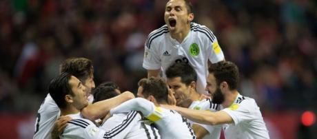 México festeja un gol ante Canadá en las eliminatorias mundialistas